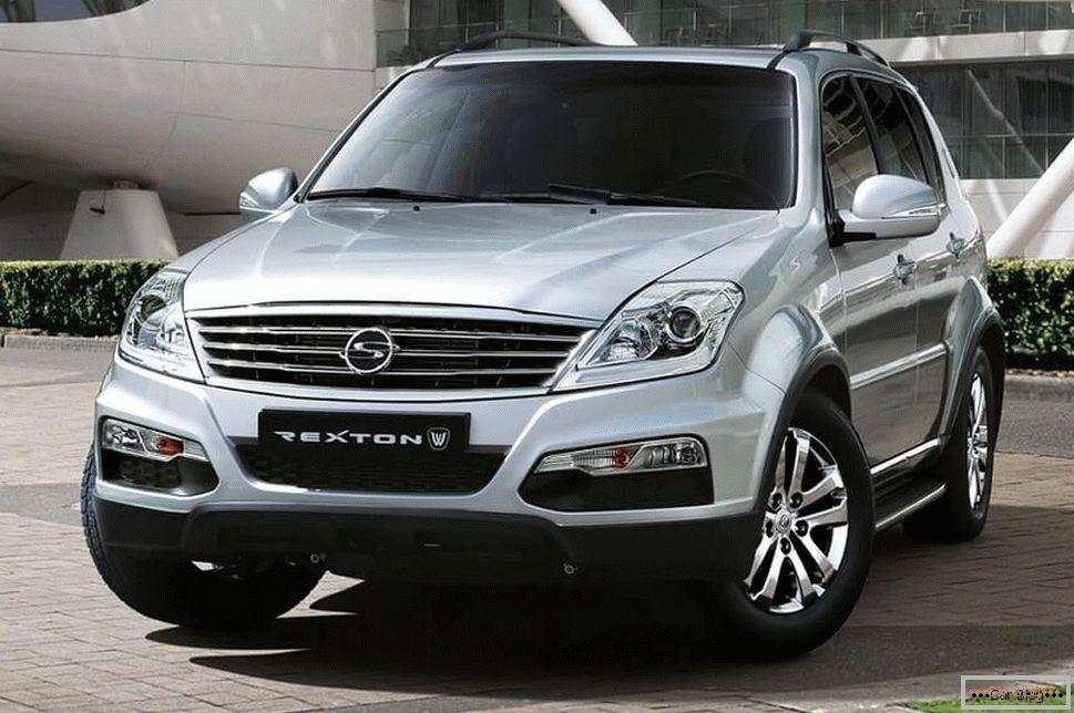 Автомобиль SsangYong Rexton
